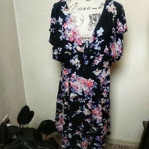 Torrid midi length floral dress cap sleeve black